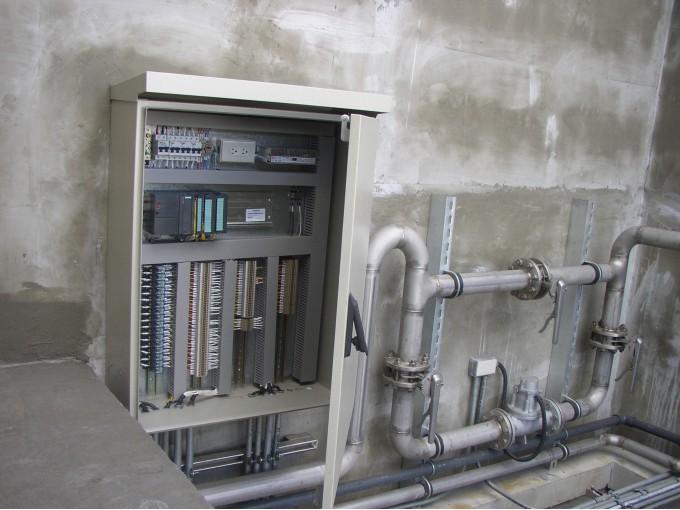 電力/控制系統